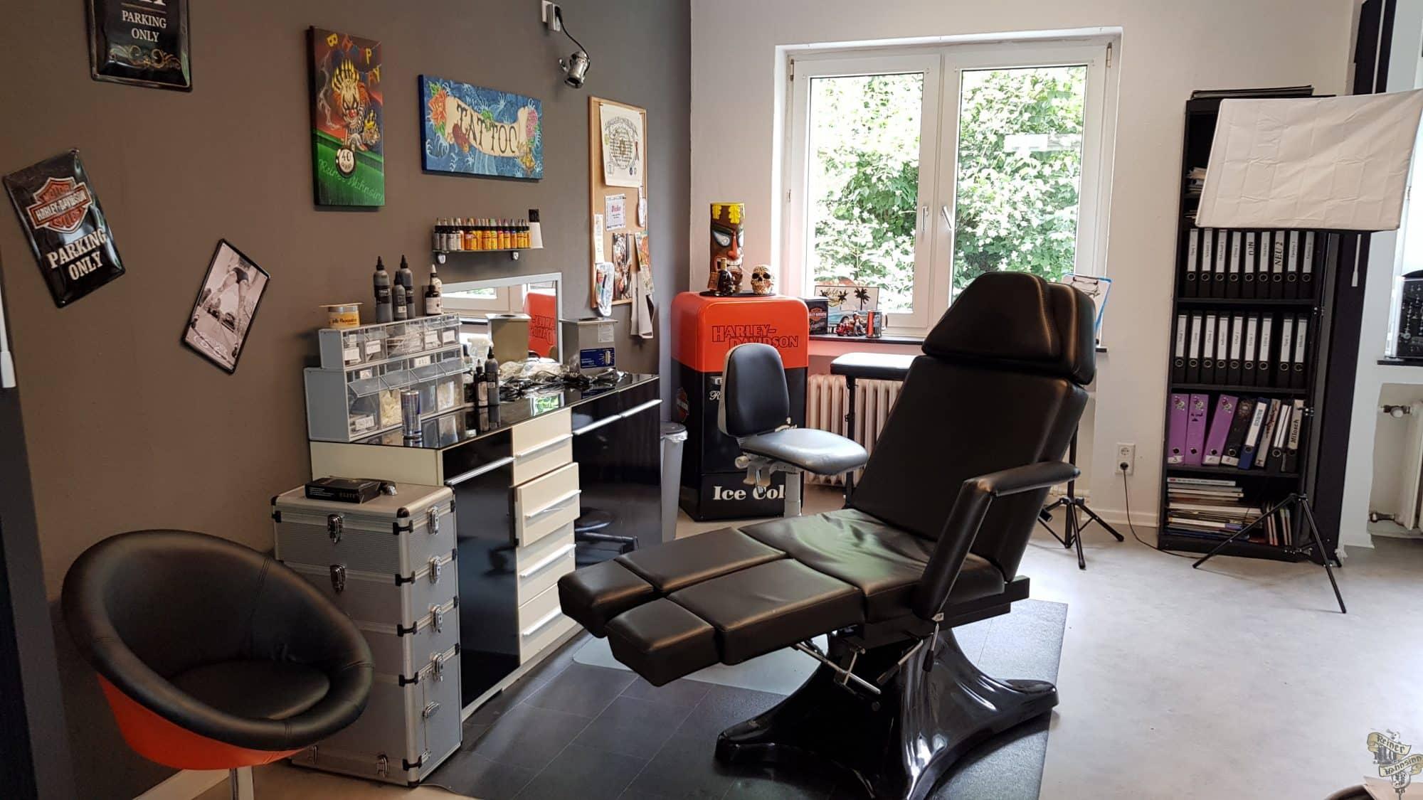 Kiki und Reiner Wahnsinn Studio Behringstraße 4